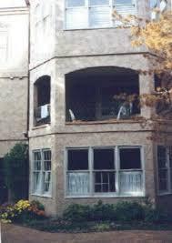 jonbenet-balcony