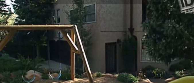 swingset-in-southwest-corner-of-back-yard