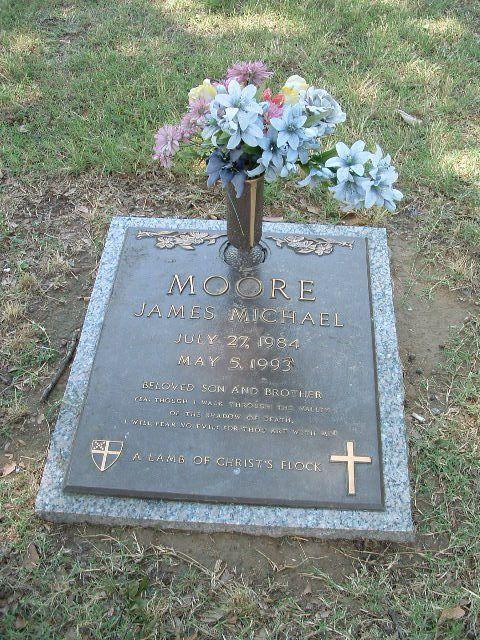 Moore grave